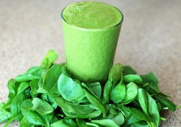 Detox & Weight Loss Recipe 1: Green Smoothie