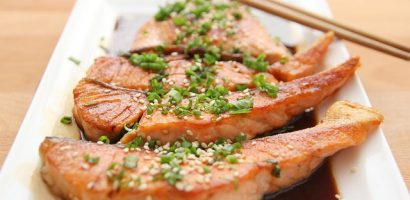 Detox & Weight Loss Recipe 7: Baked Salmon and Herbs