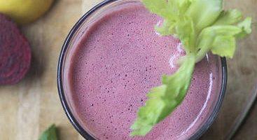 Natural Colon Cleansing Recipe 10: Beet, Lettuce and Spinach Juice